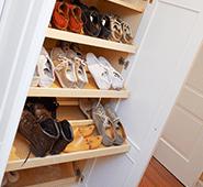 Schuhschrank in der Ankleide