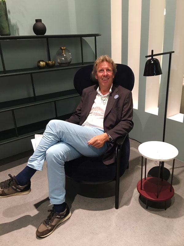 Sebastian Minarik auf der Moebelmesse Mailand